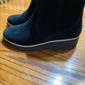 Clarks Shoes - Clarks Sharon Swing Black Suede Booties, size 7